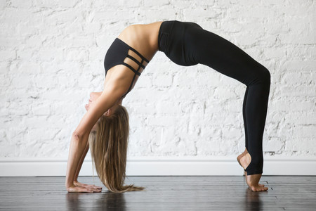 yoga-chakrasana