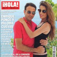 Enrique ponce y Paloma Cuevas pasando por caja