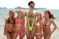 Sacha Baron Cohen tiene un nuevo objetivo: James Bond