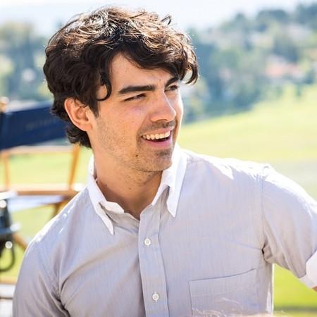 Joe Jonas habla de todo: que si drogas, alcohol, virginidad... ¡estamos que lo tiramos!