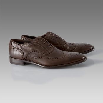 472e38dc038b Zapatos Oxford, el clasicismo inglés crea tendencia