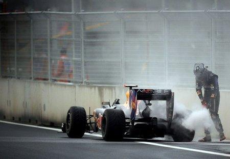 RB6 de Sebastian Vettel roto en GP de Corea de F1 2010