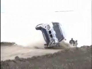 BMW X5 al límite del equilibrio