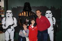 Nos hemos ido a ver a Darth Vader y a varios Soldados Imperiales a la Disney Store de La Vaguada