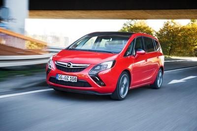 Opel Zafira Tourer: ahora, con IntelliLink