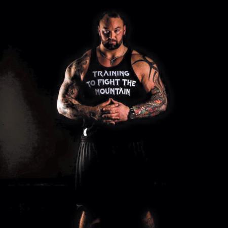 Esta es la brutal dieta que hay que seguir para optar a ser el hombre más fuerte del mundo