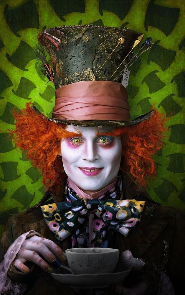 'Alice in Wonderland', cartel y últimas imágenes de la película de Tim Burton