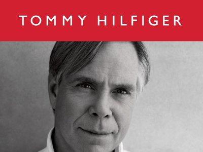 Tommy Hilfiger publica una biografía que puede convertirse en el regalo de Navidad perfecto para las amantes de la moda