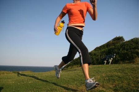 Asfalto, tierra o césped: ¿qué es mejor para correr?