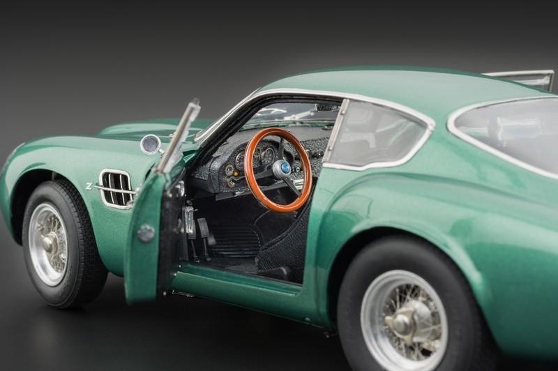 Regalos para hombres que le gustan los coches Aston Martin DB4 Zagato CNC