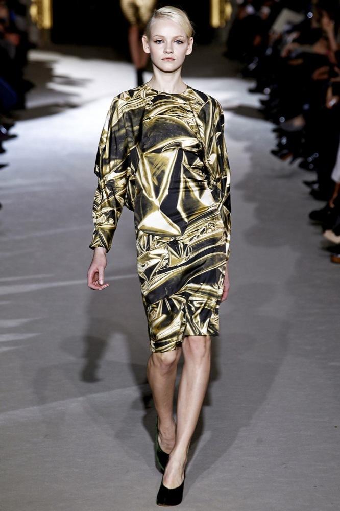Foto de Stella McCartney Otoño-Invierno 2011/2012 en la Semana de la Moda de París:  (14/25)