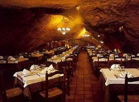 La Gruta, un restaurante original