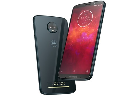 Moto Z3 Play: pantalla 18:9, hasta 6 GB de RAM y sensor de huellas lateral para intentar dominar la gama media-alta