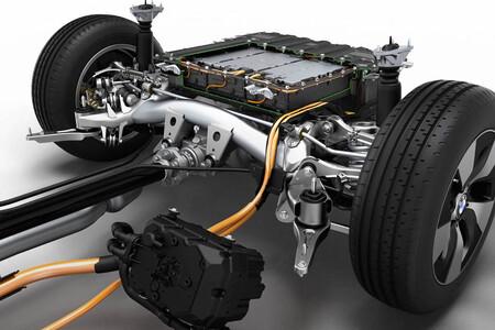 El coche eléctrico más barato se acerca: el precio de las baterías baja de los 100 dólares el kWh por primera vez en la historia