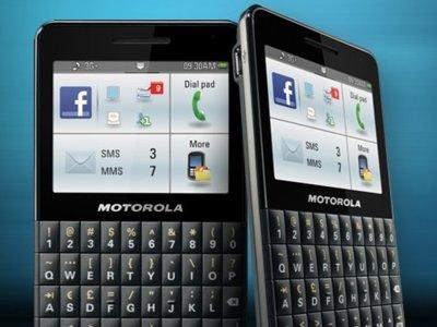 Motorola MOTOKEY Social, otro teléfono Facebook