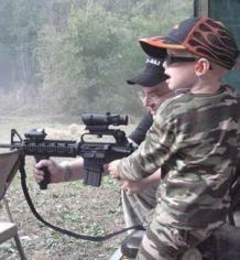 Vivir con armas, ¡Papi, cómprame un Kalashnikov!