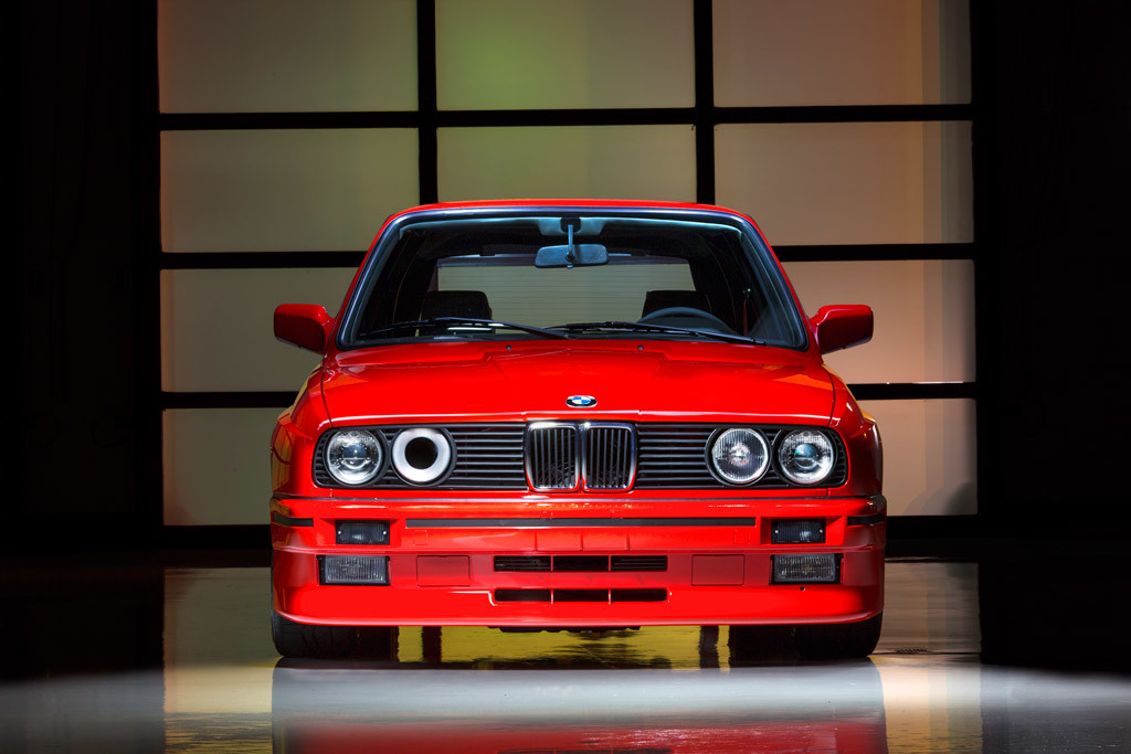 Foto de BMW M3 E30 Detail Wagen (3/5)