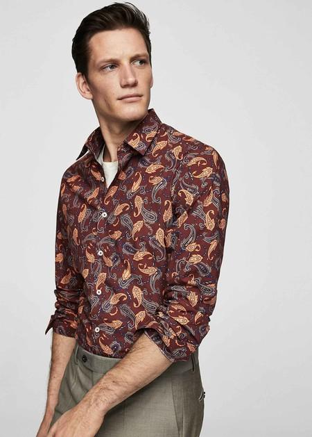 Estas Camisas De Mango Le Agregan Un Guino Setentero A Tu Look Justo A Tiempo Para El Verano