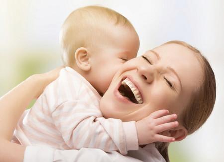 5 ideas infalibles para entretener al bebé y estimular su creatividad