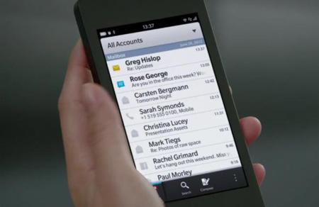 Cien contraseñas que BlackBerry no quiere que uses