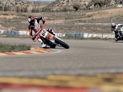 We are all racers – Episode 1: Supermotard vs. Superbike