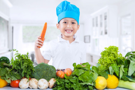 Italia propone penas de cárcel para los padres que impongan una dieta vegana a sus hijos