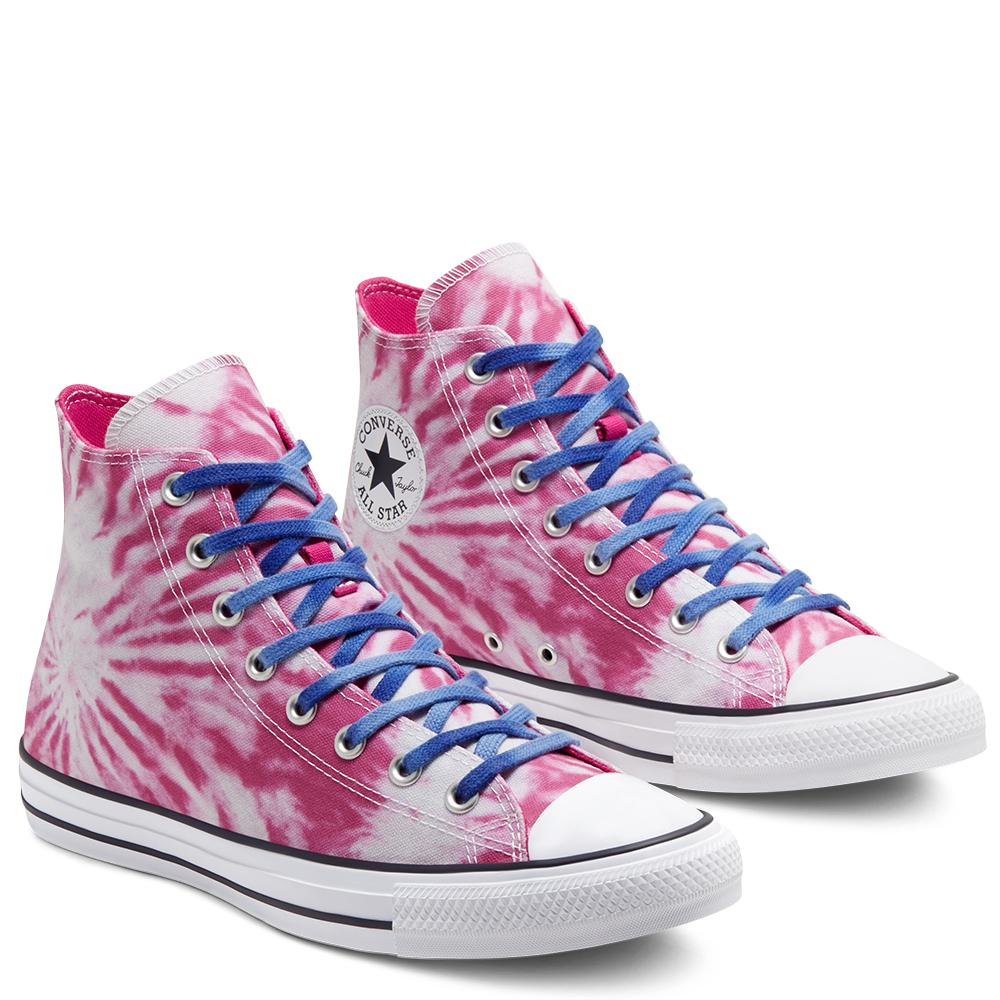 Zapatillas desteñidas en rosa con cordones azules