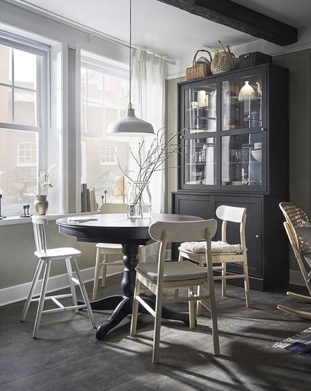 Comedor con mueble aparador Catálogo Ikea 2020
