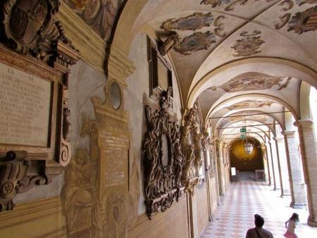 Escudos Archiginnasio Bolonia