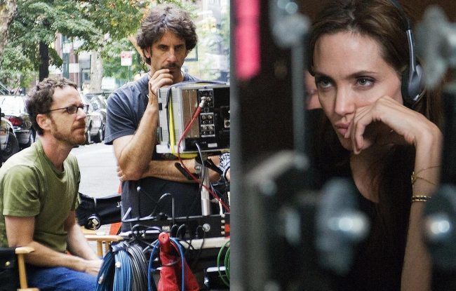 Los hermanos Coen y Angelina Jolie