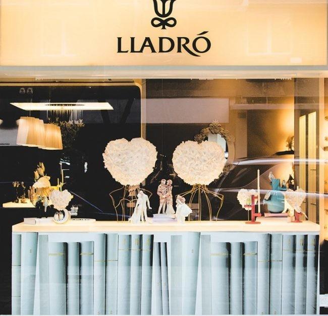 Escaparatismo Lladro San Valentin Empaperart Fachada 1060x980