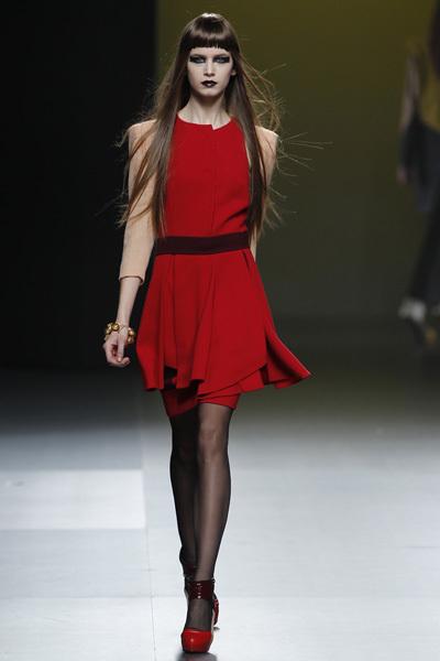 Foto de Ana Locking en la Cibeles Madrid Fashion Week Otoño-Invierno 2011/2012 (3/5)