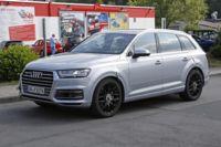 Anda mira, el Audi SQ7