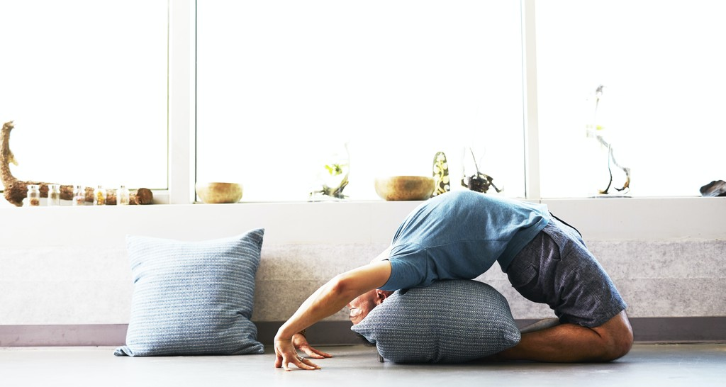 Todo lo que tienes que saber sobre Yoga Iyengar antes de entrar a tu primera clase