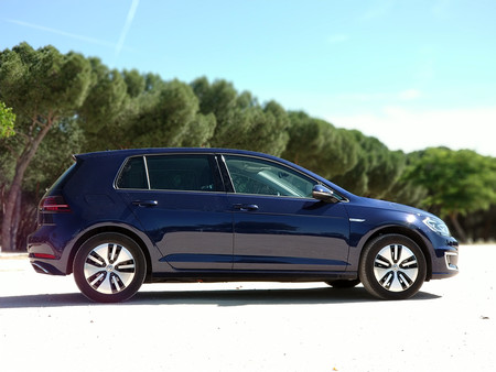 Volkswagen E Golf 21