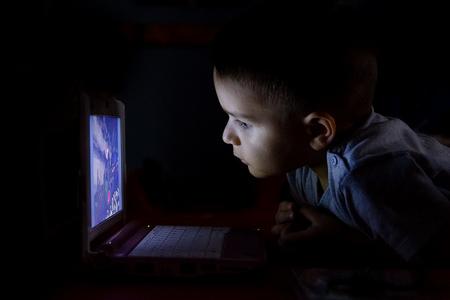 Protégeles es una organización de protección del menor con foco en el uso de Internet, la telefonía móvil y el ocio digital