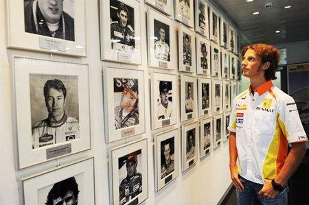Romain Grosjean será el tercer piloto de Lotus Renault GP