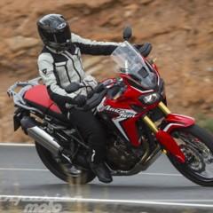 Foto 13 de 23 de la galería honda-crf1000l-africa-twin-carretera en Motorpasion Moto