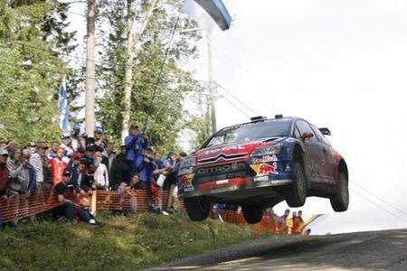 Sébastien Loeb da la campanada en el Rally de Finlandia