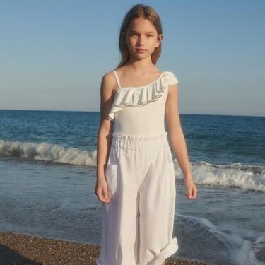 Mango Kids nos hace soñar con el verano gracias a sus nuevos vestidos, bermudas y bañadores para niños