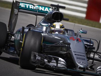 Lewis Hamilton rinde homenaje a Muhammad Ali con una pole en el GP de Canadá de F1