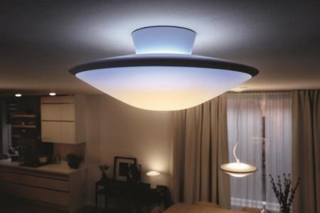 Philips Hue Phoenix, cuatro ambientes de luz a través de un platillo volante