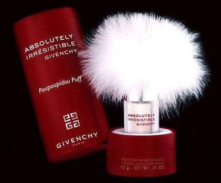 Givenchy Poupoupidou Puff, una nueva forma de echarse el perfume