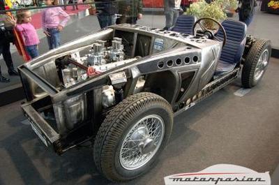 Galería de fotos de un Pegaso Z 102 al desnudo en el Auto Retro