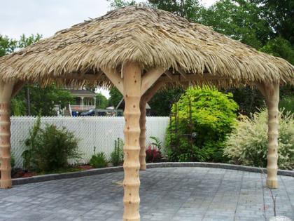 Una sombrilla tropical for Como hacer una sombrilla para jardin