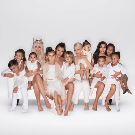 Los invitados a la fiesta de Navidad de la familia Kardashian-Jenner podrían hacerse de oro con el regalo que les dieron