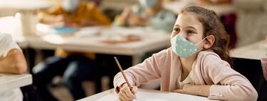 Puertas y ventanas abiertas de forma permanente en las aulas: la nueva recomendación de Sanidad y Educación para combatir la Covid