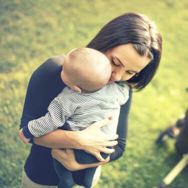 Dar apoyo psicológico a las madres con depresión posparto produciría cambios saludables en el cerebro de sus bebés