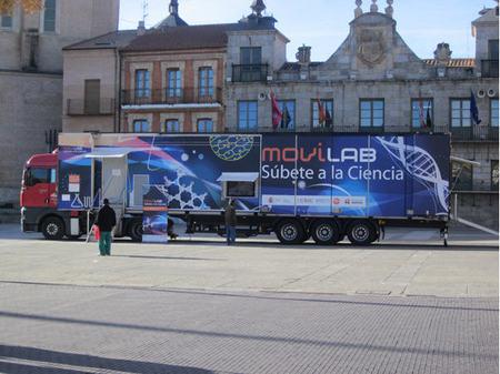 El camión científico 'Movilab' acercará la ciencia y la innovación a niños y mayores de 15 localidades españolas