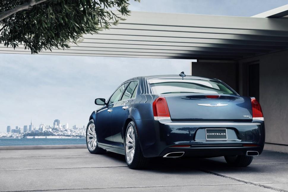 Foto de Chrysler 300 2015 (1/35)